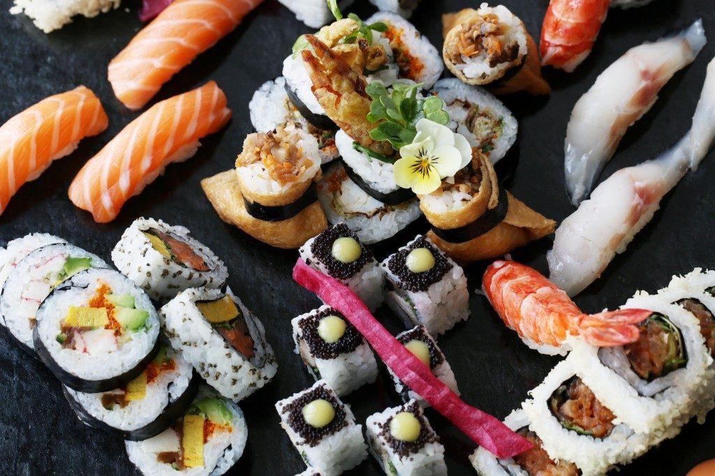 aqua-kyoto-Infinity-Brunch-sushi-platter-copy-1024x682